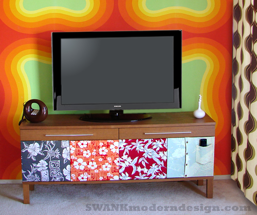 Aloha Shirt TV Bench